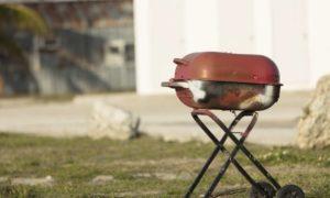 4 signes qui indiquent que je dois remplacer mon barbecue