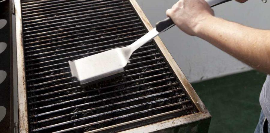 Comment bien choisir sa brosse pour le barbecue ?