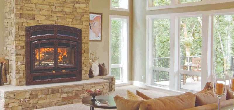 Comment allumer un feu dans mon foyer au bois?