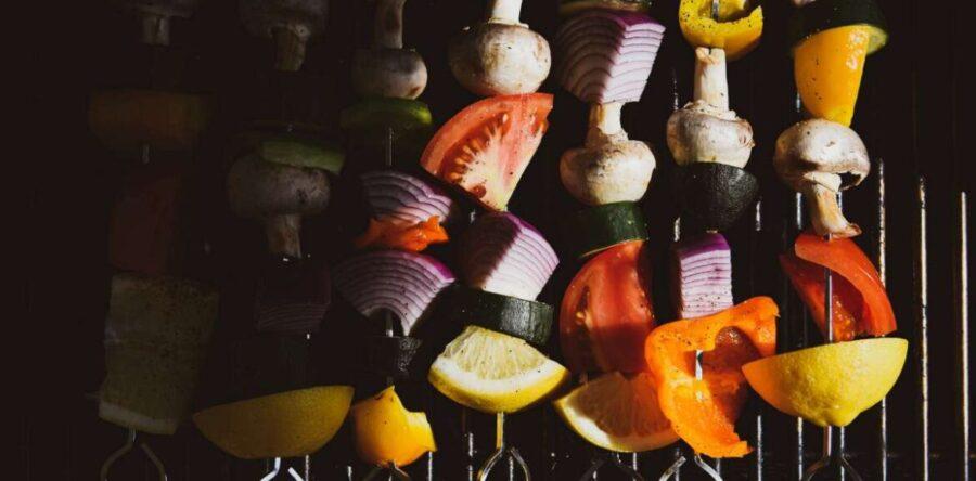 Le BBQ végétalien – Les bases, des astuces d'experts et des recettes géniales